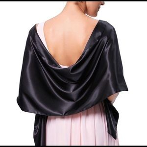 Cejon black silk wrap